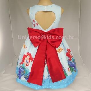vestido-princesa-ariel-pequena-sereia-com-perolas-costas.jpg